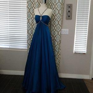Prom dress NWT